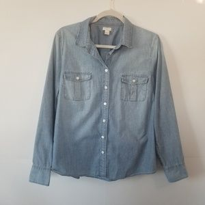 J. Crew | Chambray Button Down Long Sleeve Size L